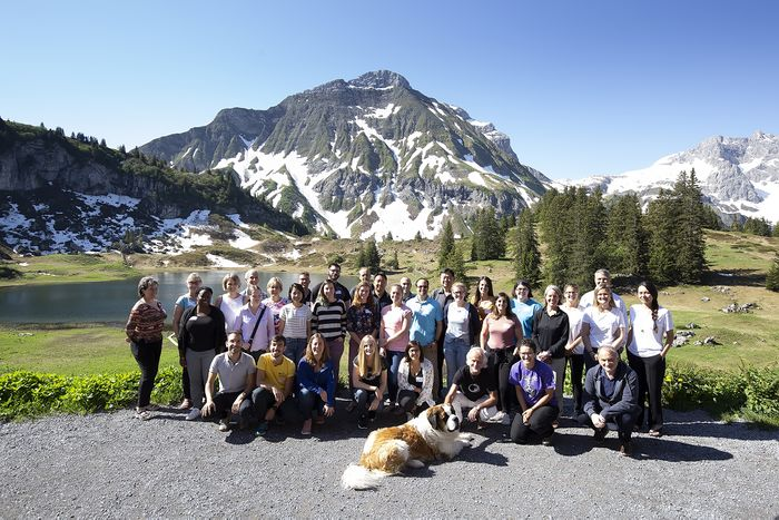 Group picture of the IOC139 participants and tutors